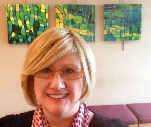 Southern Oregon Artist Cammy Davis by paintings in the Berryman Gallery